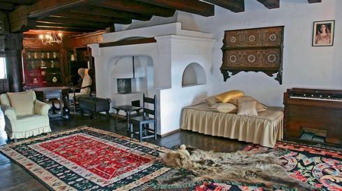 Nội thất sang trọng của tòa lâu đài Bran
