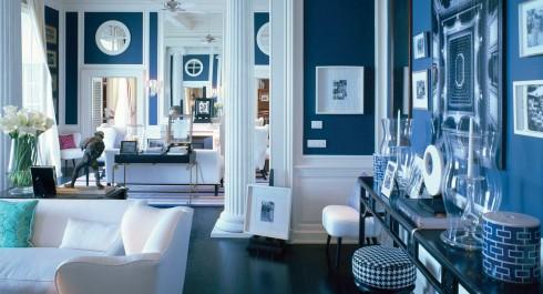 Màu xanh và trắng của gốm sứ trở thành màu chủ đạo tại khách sạn JK Place (Capri)
