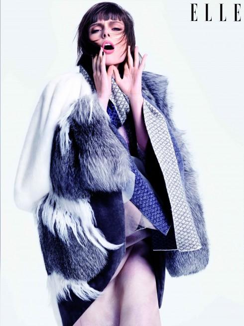 Áo khoác lông, khăn choàng Prabal Gurung, Đầm Marchesa, Chân váy Chalayan, Giày Dries Van Noten