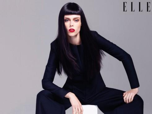 """<strong>Coco Rocha</strong> <br><br> Trước đó vào năm 2011, ESA  giành tặng giải thưởng """"người mẫu của năm"""" cho siêu mẫu Coco Rocha. Được mệnh danh là nữ hoàng tạo dáng của thời trang, tất cả mọi nhiếp ảnh gia đều rất thích làm việc với cô vì khả năng """"pose"""" cực kì ấn tượng và biến đổi nhanh đến khó tin.  <br><br> Ngoài ra, Coco sở hữu khuôn mặt xương rất gợi cảm và một dáng vóc cực kì cân đối. Coco còn là một stylist cực kì chuyên nghiệp cho chính bản thân."""