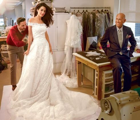 Oscar là người thiết kế áo cưới cho cô dâu Amal Clooney trong lễ cưới đình đám ở Venice cùng tài tử Goerge Clooney vào tháng 9/2014 vừa qua.