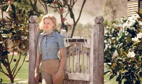 Nicole Kidman vào vai Lady Sarah Ashley trong Australia, đóng cùng Hugh Jackman