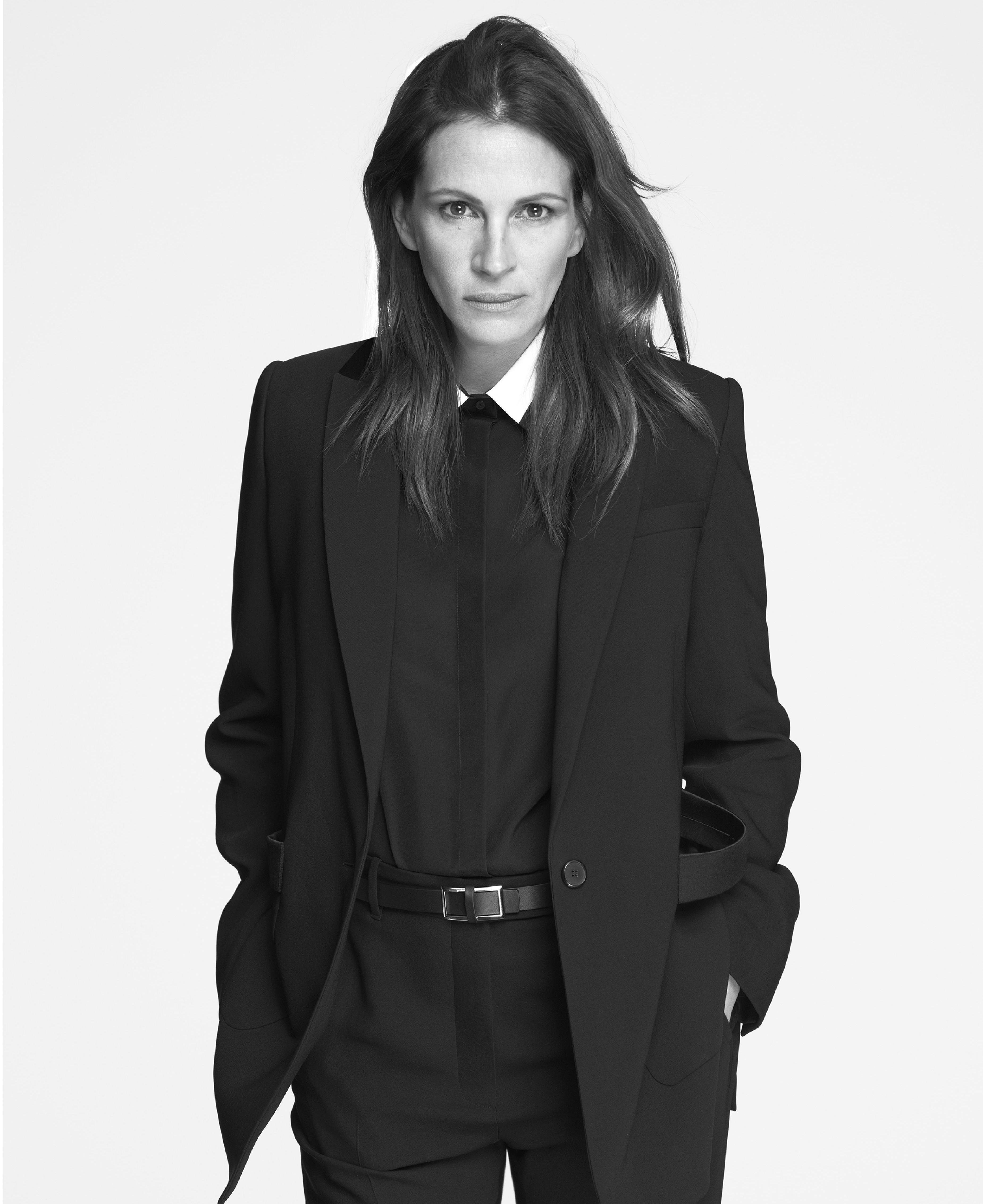 Julia Roberts trở thành gương mặt đại diện của Givenchy