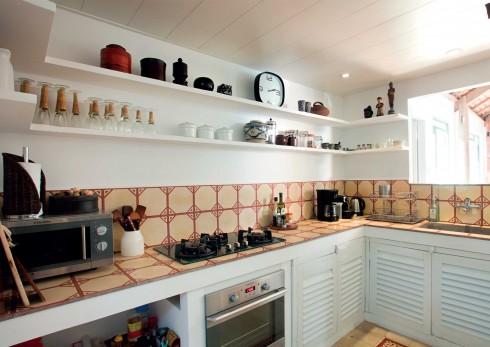 Căn bếp nhỏ vừa đủ sử dụng, theo phong cách vintage