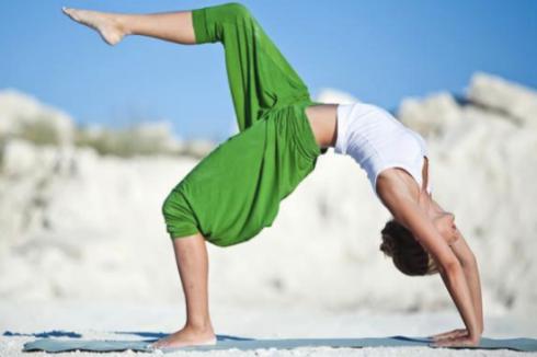 Bài thể dục ứng dụng trong Yoga Studio