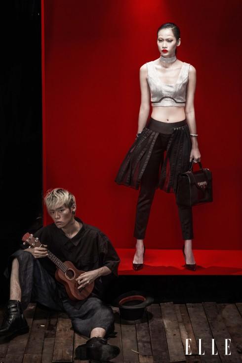 Thanh Trúc: Trang phục LNKK, Vòng tay, Nhẫn Swarovski, Giày Christian Louboutin, Túi Versace - Khoa Lỗ: Trang phục của Stylist