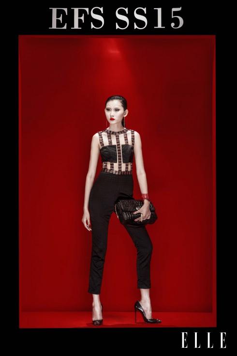 Trang phục LNKK, Hoa tai Aldo, Túi Versace, Giày Christian Louboutin