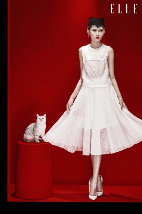 Trang phục Rue Des Chats, Vòng tay, Hoa tai Swarovski, Giày Christian Louboutin