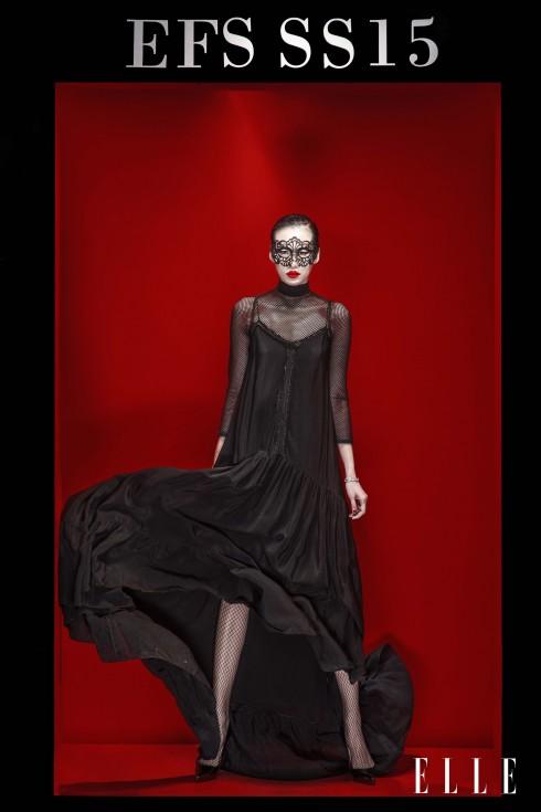 Trang phục Rue Des Chats, Vòng tay, Nhẫn Swarovski, Giày Christian Louboutin
