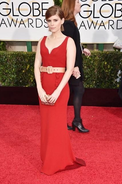 Kate Mara chọn đầm đỏ của Miu Miu