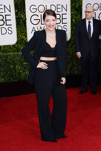 Ca sĩ Lorde chọn trang phục Narciso Rodriguez