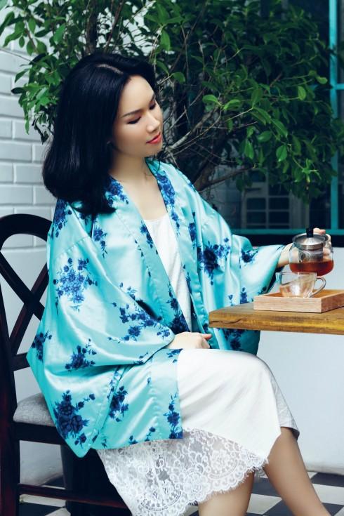 Đầm và áo khoác kimono Lam