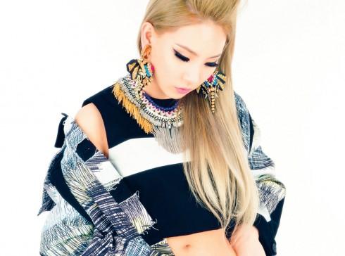 Lee Chae-Rin là hiện thân hoàn hảo cho vẻ đẹp bùng cháy của tuổi trẻ, của sức sáng tạo không giới hạn để thể hiện cá tính và tình yêu dành cho thời trang.