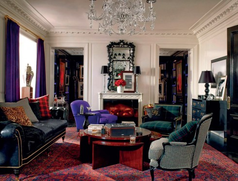 Những họa tiết Art-deco, họa tiết sọc tartan và những gam màu ấm áp làm nên không gian đặc trưng kiểu Mỹ của Ralph Lauren Home.