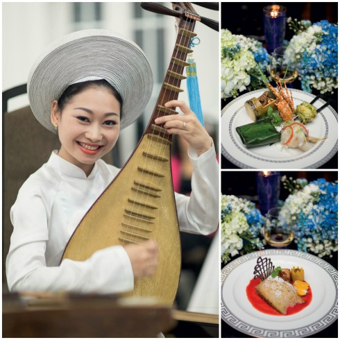 Các nhà tổ chức chương trình tại Việt Nam giới thiệu các món ăn và văn hóa cổ truyền đến chàng cầu thủ.