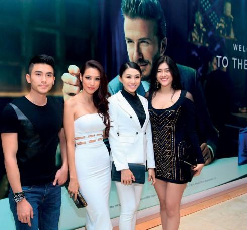 Các ngôi sao, nữ doanh nhân có mặt tại đêm tiệc của Beckham và chia sẻ sự hài lòng về hương vị rượu mà anh giới thiệu.