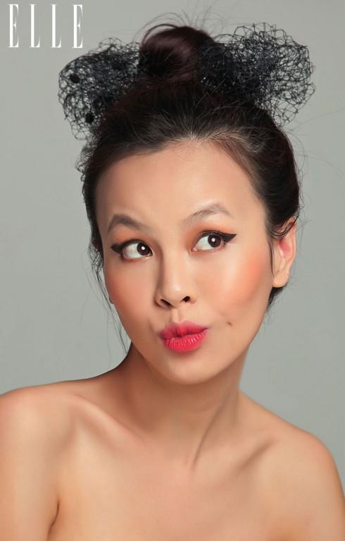 Hãy nhấn vào đôi môi như nụ hoa bằng son Laneige K-secret Cushion Tint. Có thể biến tấu các gam màu loang đậm nhạt trên cùng một thỏi son cho phong cách ombre thời thượng, tươi trẻ.
