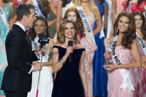 Đại diện của Puerto Rico nhận giải Hoa hậu ảnh