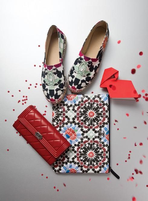 Giày, ví và túi đựng Ipad trong BST Cruise 2015 Chanel