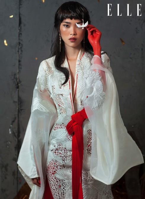 Đầm Võ Công Khanh, Hoa tai La Fiancée Du Facteur