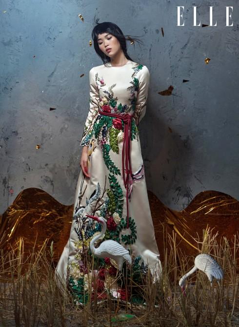 Đầm Tung Vu, Hoa tai La Fiancée Du Facteur