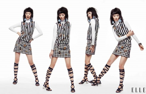 Áo top đính cườm, Chân váy carô Dolce & Gabbana, Sandals da lộn Miu Miu, Hoa tai, Vòng tay bản lớn, Nhẫn Tuleste