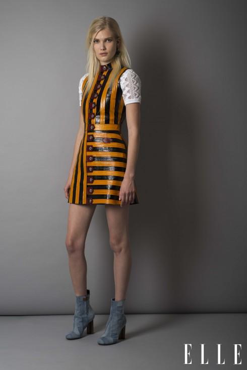 Louis Vuitton<br/>Đầm chất liệu da, áo đan vải cotton, bốt cổ ngắn patchwork đế hình hoa monogram, hoa tai kim loại