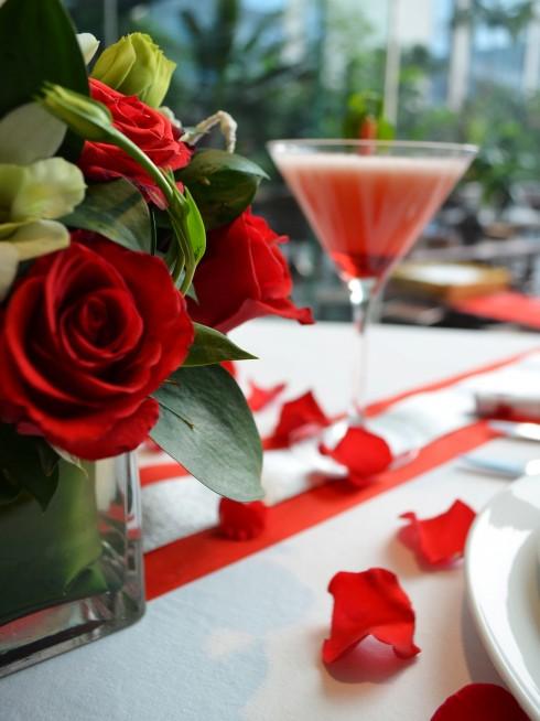 Valentine at Crowne Plaza hanoi (1)