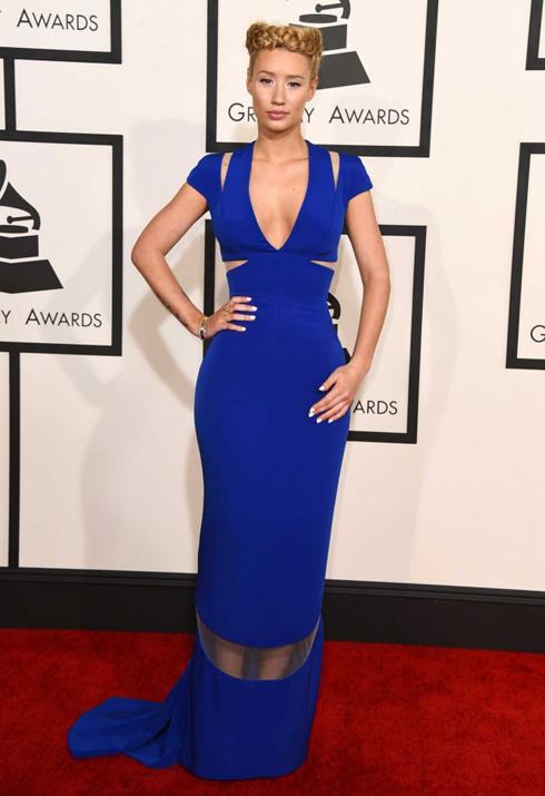 Iggy Azalea mặc đầm dạ hội Giorgio Armani