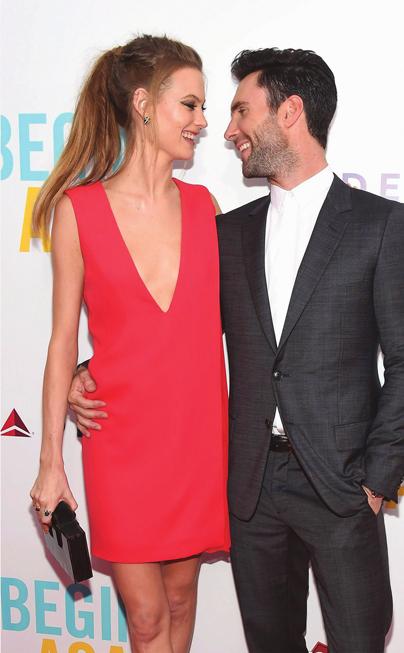 Hình ảnh dễ thương của Behati Prinsloo cùng chồng