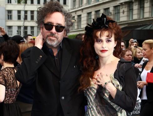 Tim Burton và Helena Bonham - Cặp đôi vàng của Hollywood rạn vỡ sau 13 năm chung sống và cả 2 cùng đồng ý kết thúc cuộc hôn nhân này. Tuy vậy, họ vẫn xem nhau là bạn và tiếp tục nuôi dưỡng 2 người con của mình.