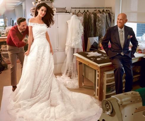 Cả thế giới phải trầm trồ khi ngắm nhìn váy cưới cổ điển và sang trọng do Oscar De La Renta thiết kế