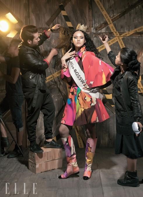 Tuyết Lan: Trang phục và phụ kiện Chanel - Boong & Sỹ Nam: trang phục của nhân vật