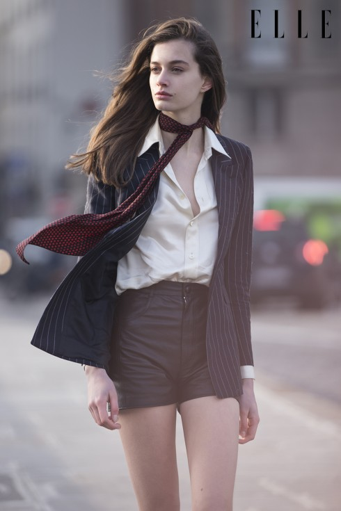 Áo sơmi satin, áo khoác, quần short và khăn quàng cổ Saint Laurent by Hedi Slimane