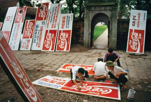 Cocacola đổ bộ vào Việt Nam (1994)
