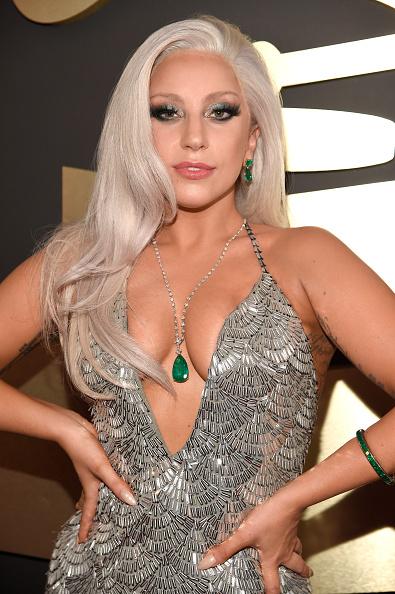 Lady Gaga nổi bật với phong cách trang điểm từ Shiseido tại giải Grammy 2015