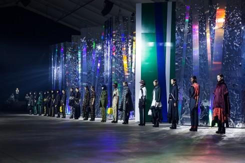 san catwalk kenzo show 2015