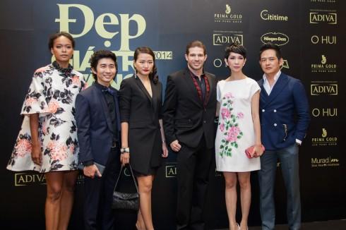 Người mẫu Thu Hằng, Make up Tùng Châu, Giám Đốc Sáng Tạo Hà Đỗ, Xuân Lan cùng ông Randy trong su kien dep gia tri vang 2014