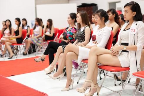 Top các bạn thí sinh được tuyển chọn trực tuyến của cuộc thi người đẹp CA3