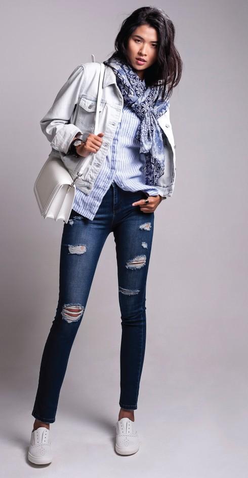 Áo sơmi Mark & Spencers, Khăn Mark & Spencers, Áo khoác, Quần jeans Topshop, Giày Aldo, Túi xách Charles & Keith