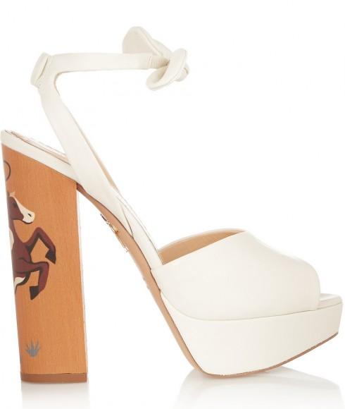 Giày sandal đế xuồng Charlotte Olympia