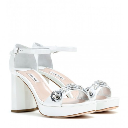 Giày sandal đế xuồng Miu Miu
