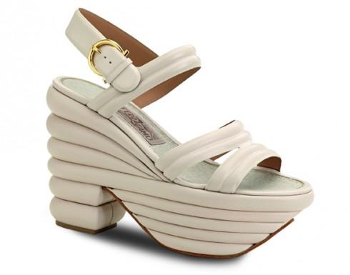 Giày sandal đế xuồng Salvatore Ferragamo
