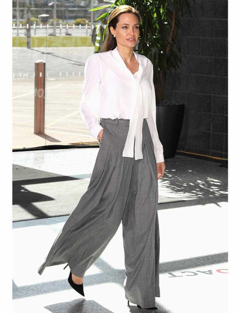 Angelina Jolie V Trang Ph C I Th Ng P Nh T Elle Vn