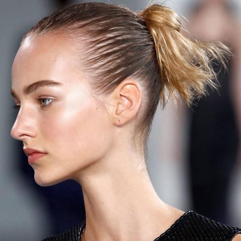 Trang điểm tự nhiên trong show trình diễn của Calvin Klein