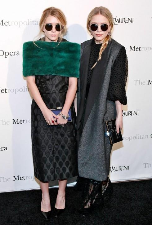 Chị em nhà Mary-Kate Olsen trở thành biểu tượng khi xuất hiện trên truyền hình với đôi kính mát thời trang gọng tròn mang đậm âm hưởng thời trang thập niên 1960, 1970