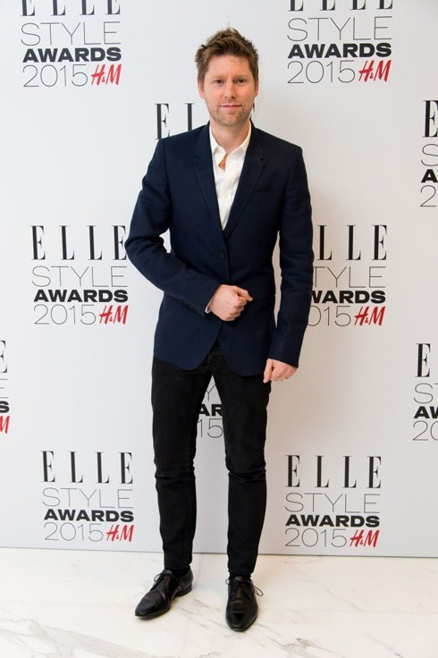 Christopher Bailey trong âu phục Burberry<br/>ELLE Style Awards 2015