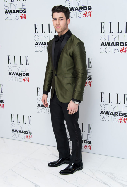 Nick Jonas trong trang phục Dsquared2<br/>ELLE Style Awards 2015