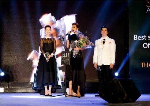 Thanh Hằng nhận giải Nữ diễn viên phong cách nhất của năm
