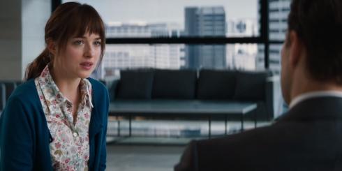 Anastasia Steele trong cuộc gặp gỡ định mệnh đầu tiên